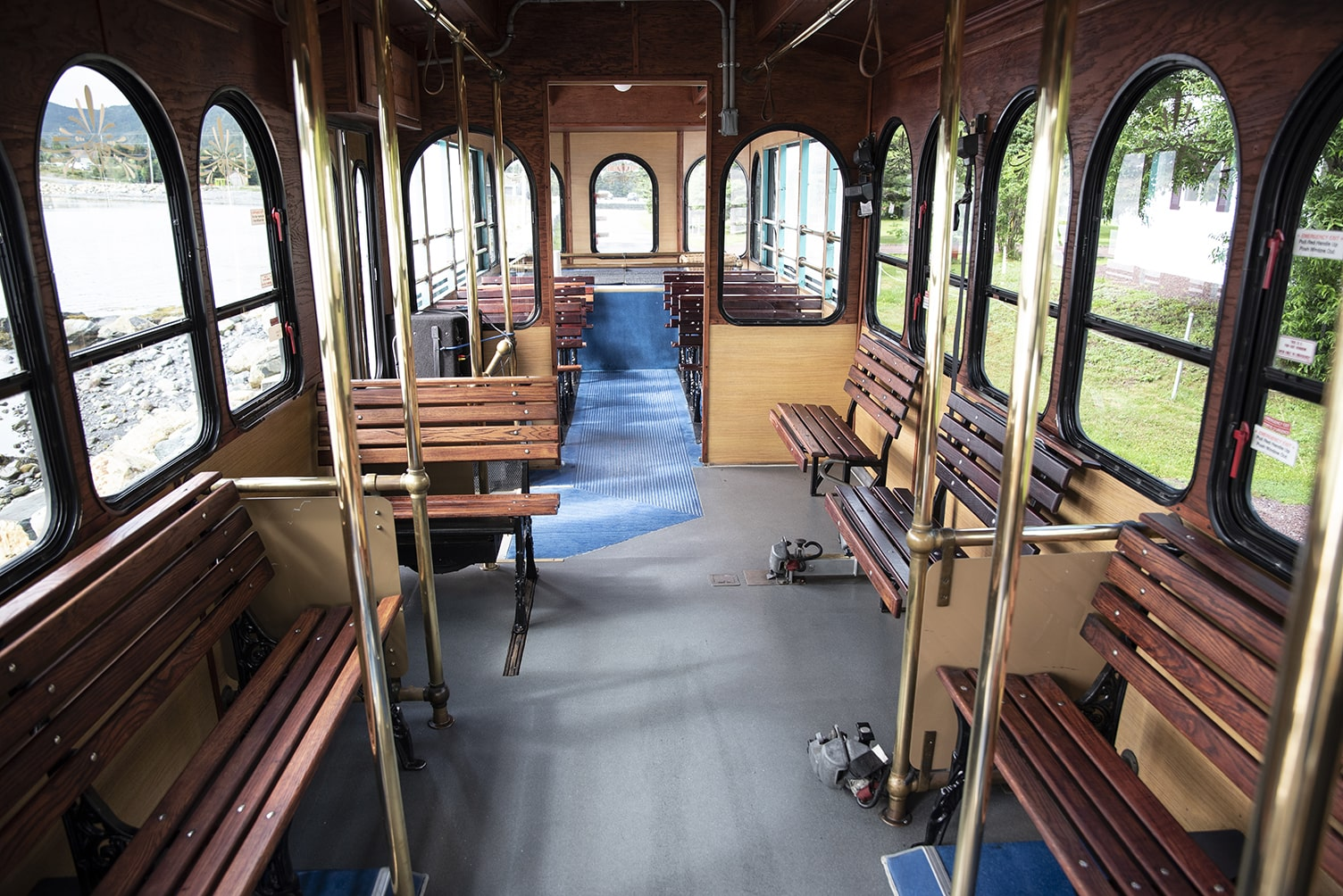 Classic Carriage Trolley, St. John's bus, Newfoundland group tours, NL Transportation