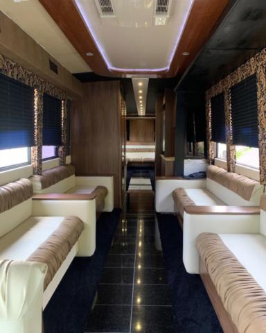 Classic Carriage VIP Coach Bus, St. John's coach bus, St. Johns bus tours, NL